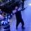 Ցնցող տեսանյութ. Պատուհանից ընկնող փոքրիկի կյանքը փրկում են փողոցով անցնող տղամարդիկ